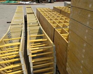 玻璃钢梯子间的简介以及成品打磨工艺